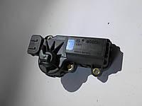 Регулятор дросельної заслінки  051133031 Skoda, Volkswagen, Seat