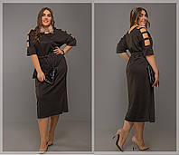 Женское стильное платье оверсайз с открытыми плечами миди длина батал