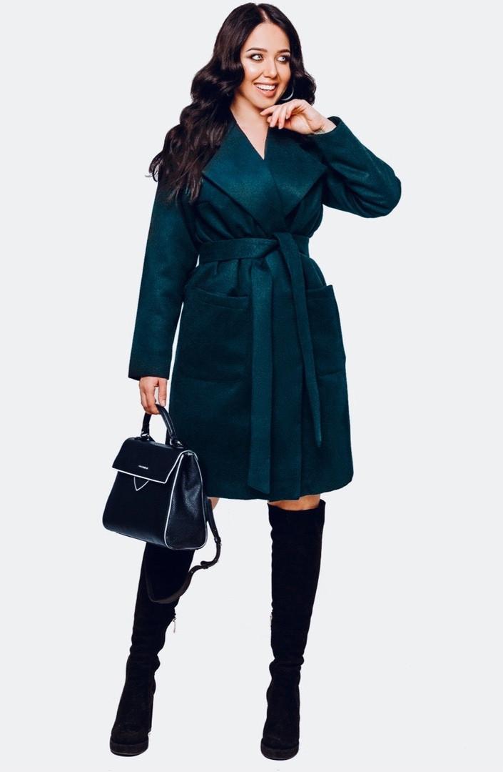 Демисезонное пальто больших размеров