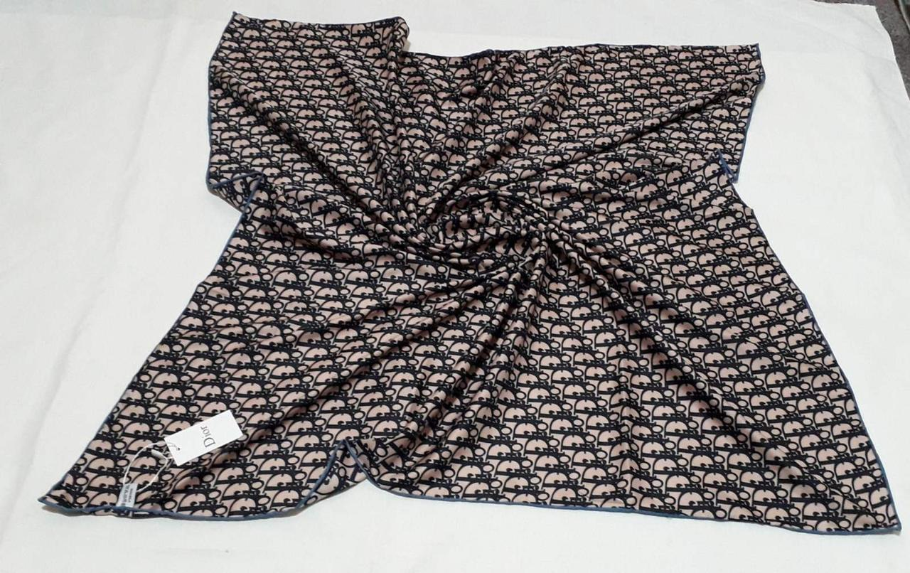 Женский Платок Шелковый брендовый Dior Диор. 90*90 см. В расцветках