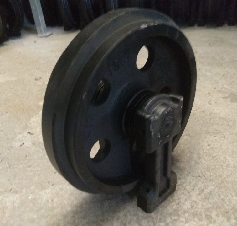 Направляющее колесо гусеницы экскаватора (ленивец) Sumitomo SH130 (аналог Case)