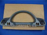 Накладка щитка приборов MB Sprinter CDI