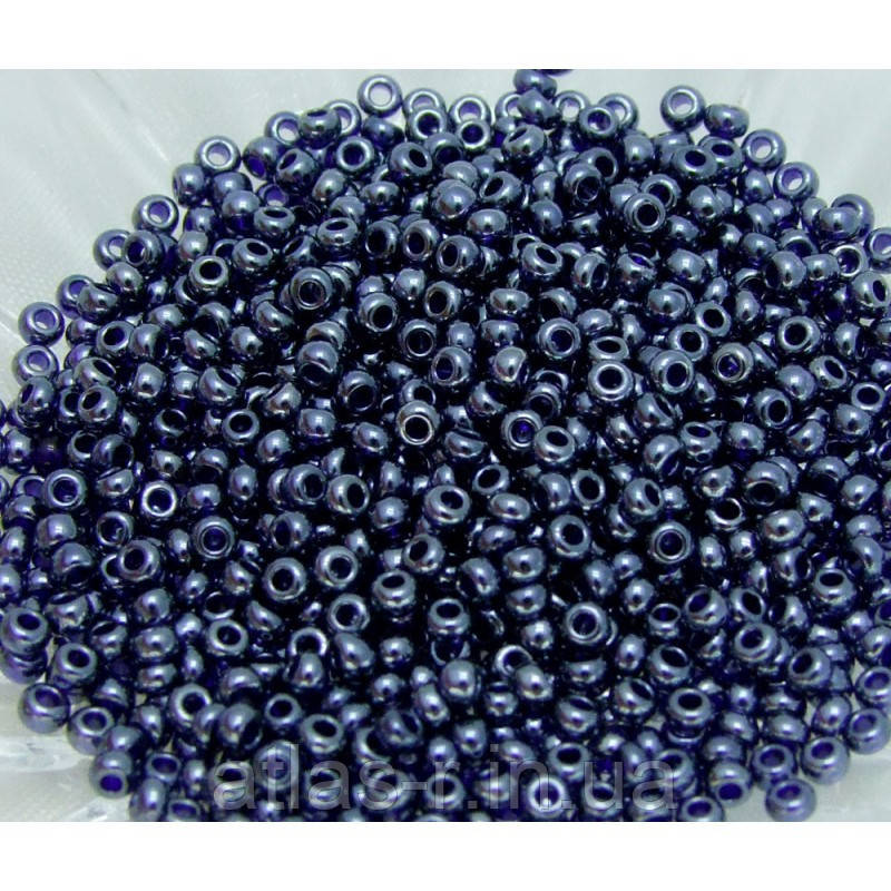 Бисер Preciosa Чехия №36110 1г, синий, черничный, прозрачный глянцевый