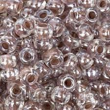 Бисер Preciosa Чехия №38117 1г, светло-коричневый прозрачный с внутренней окраской