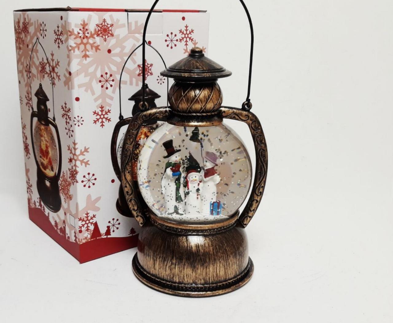 Декоративный новогодний фонарь со снегом внутри