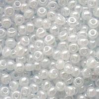 Бисер Preciosa Чехия №57102 1г, белый полупрозрачный жемчужный