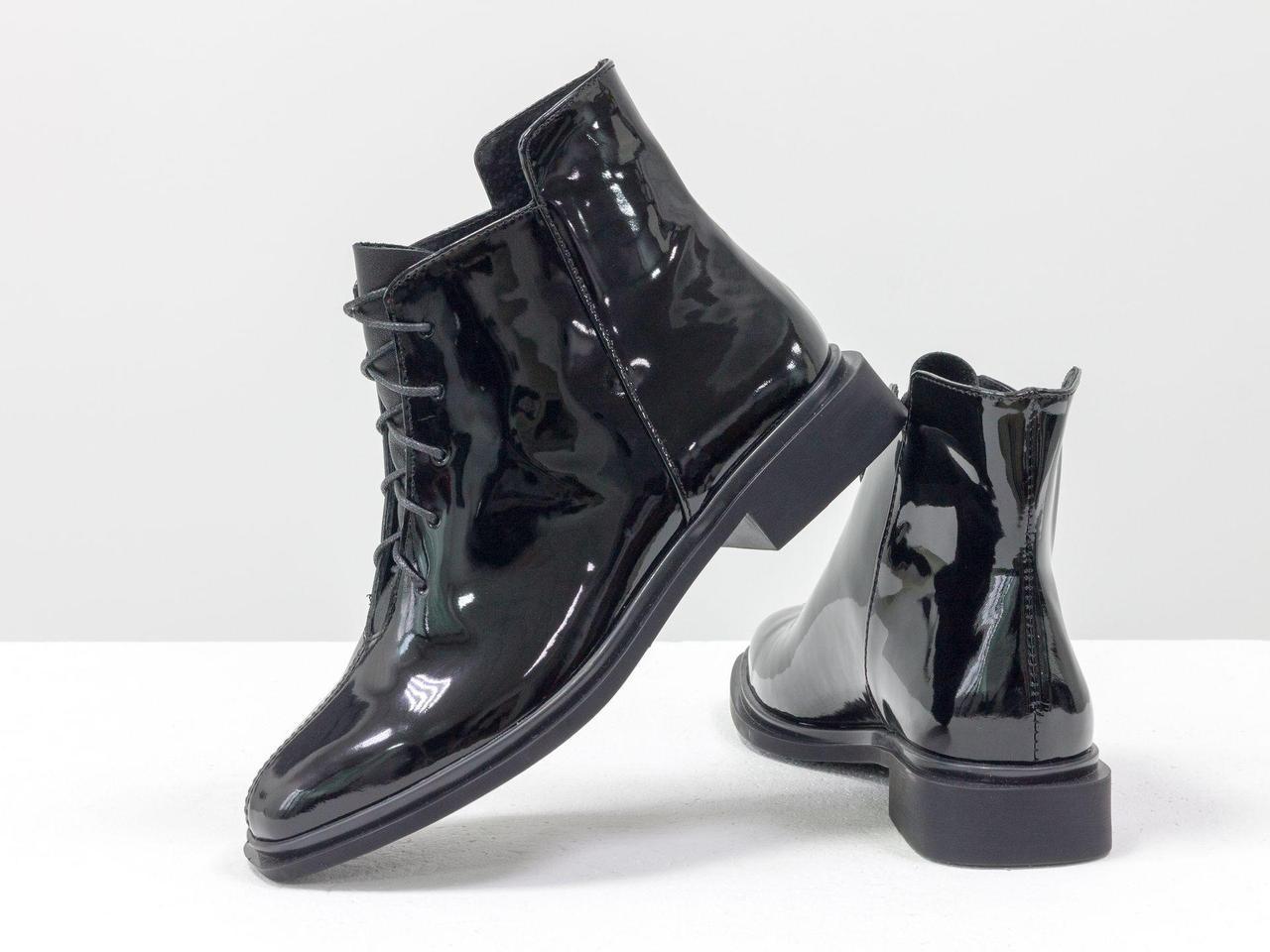 Ботинки классические черного цвета из итальянской натуральной лаковой кожи