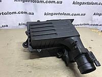 Корпус повітряного фільтра Skoda Octavia A7 04L 96 461 B