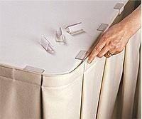 Клипсы из полупрозрачного легкого пластика для крепления фуршетных юбок