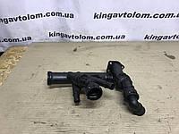 Патрубок охолодження Skoda Octavia A7 04L 121 071 E