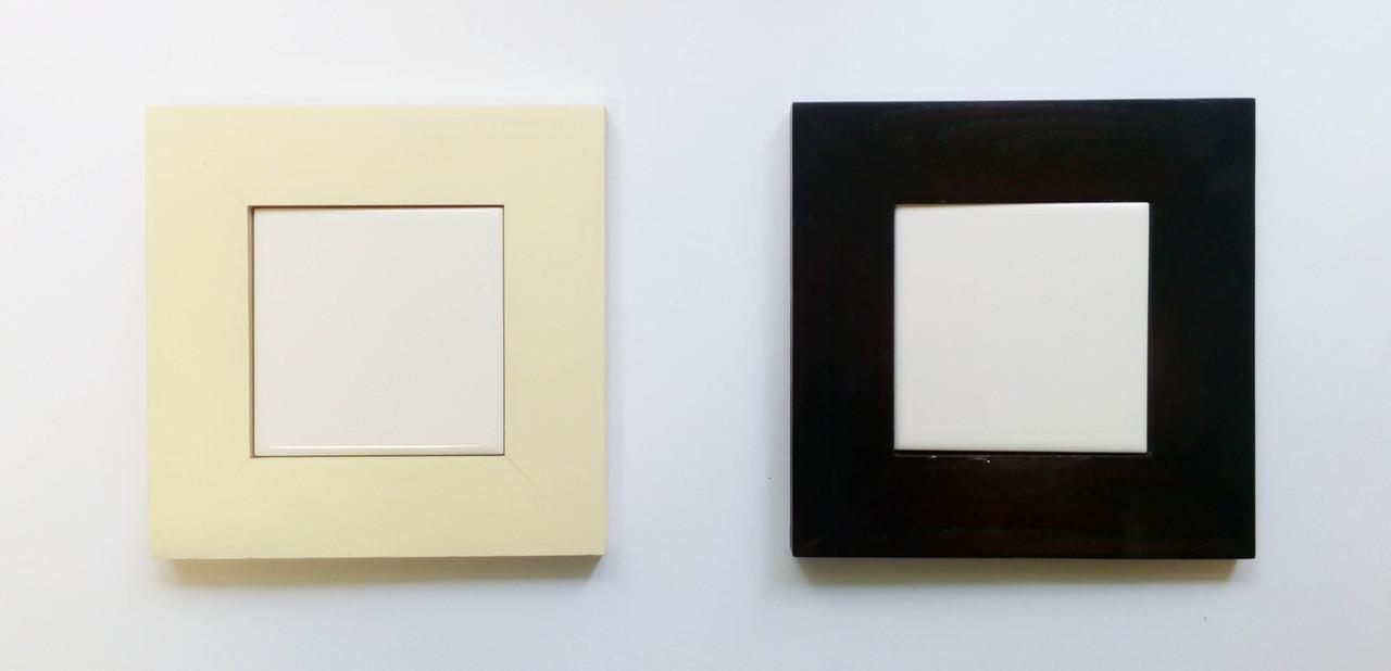 Керамическая плитка 15х15 см в широкой рамке