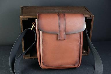 Шкіряна чоловіча сумка Вільям, натуральна шкіра італійський Краст колір Коричневий