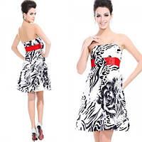 РАСПРОДАЖА! Короткое платье с принтом и цветочком на красном поясе