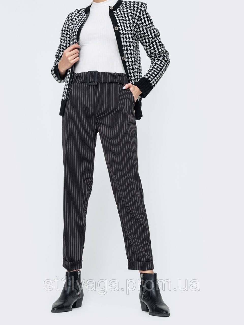 Укороченные зауженные брюки в полоску