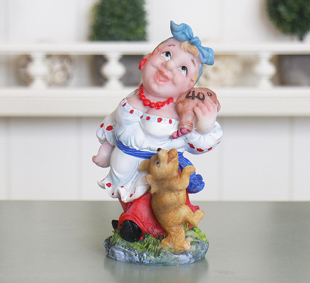 Статуэтка Казачка с поросенком и бутылкой Гранд Презент ZY12099-2Б