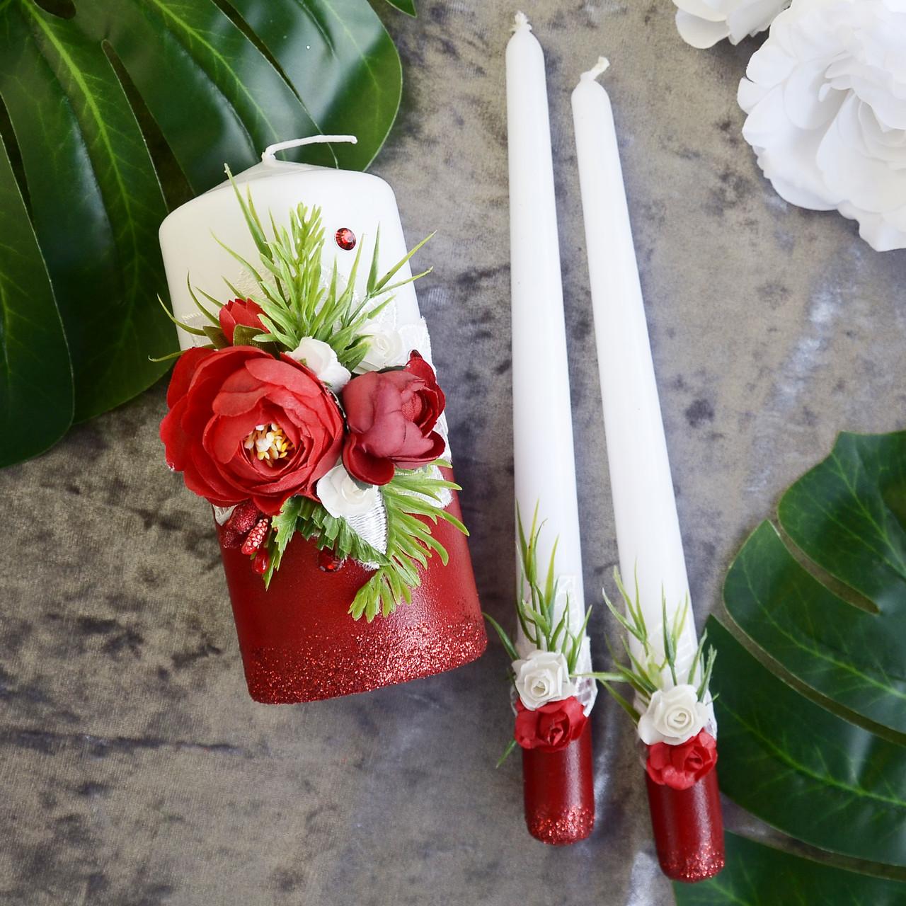 Свадебные свечи, семейный очаг в красном цвете