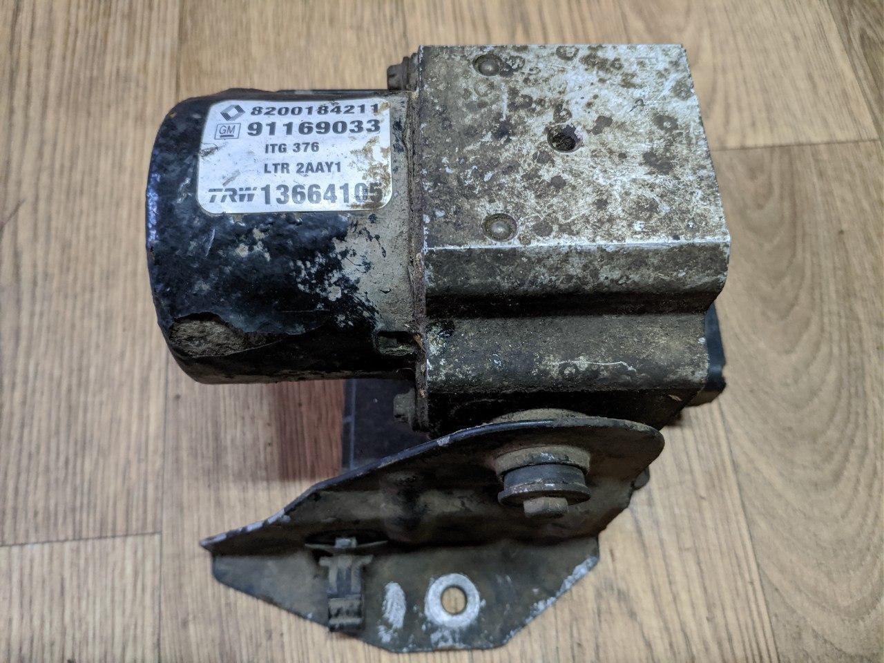 Блок ABS Renault Trafic, Opel Vivaro 2001-2014, 8200184211 (Б/У)