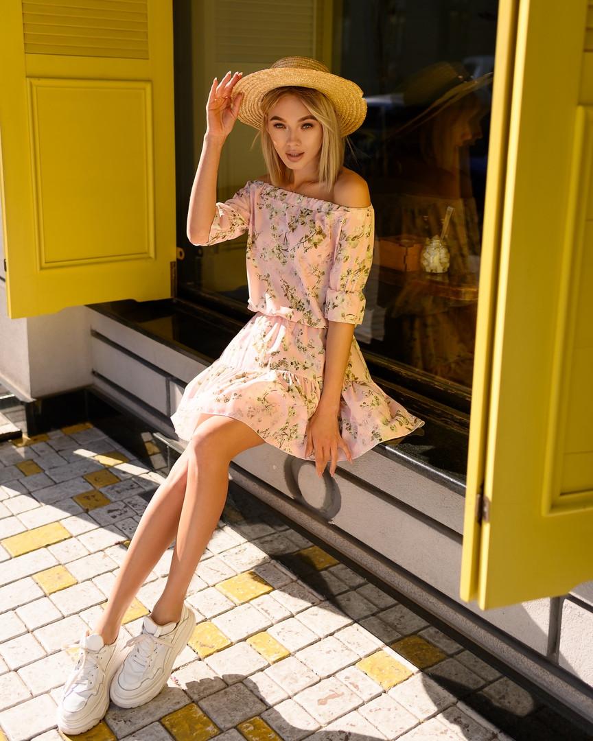Стильное летнее платье, (40-46рр), принт мелкие цветы на розовом
