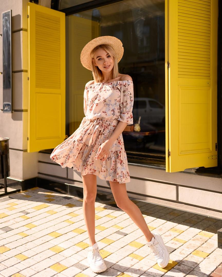 Стильное летнее платье, (40-46рр), принт мелкие цветы на жолтом