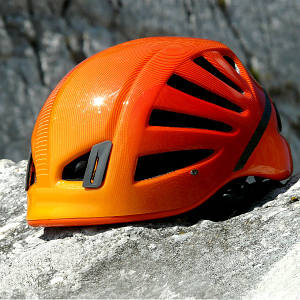 Каски для альпинизма