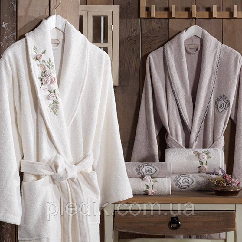 Набор: Махровые халаты 2шт. Полотенца 4шт. Тапочки 2шт. FANCY 8 SET KREM