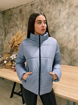 Жіноча коротка сіра куртка демісезонна