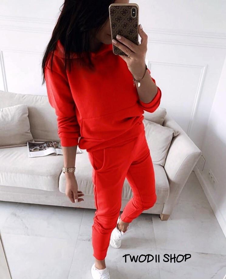 Жіночий модний спортивний костюм з капюшоном,червоного кольору