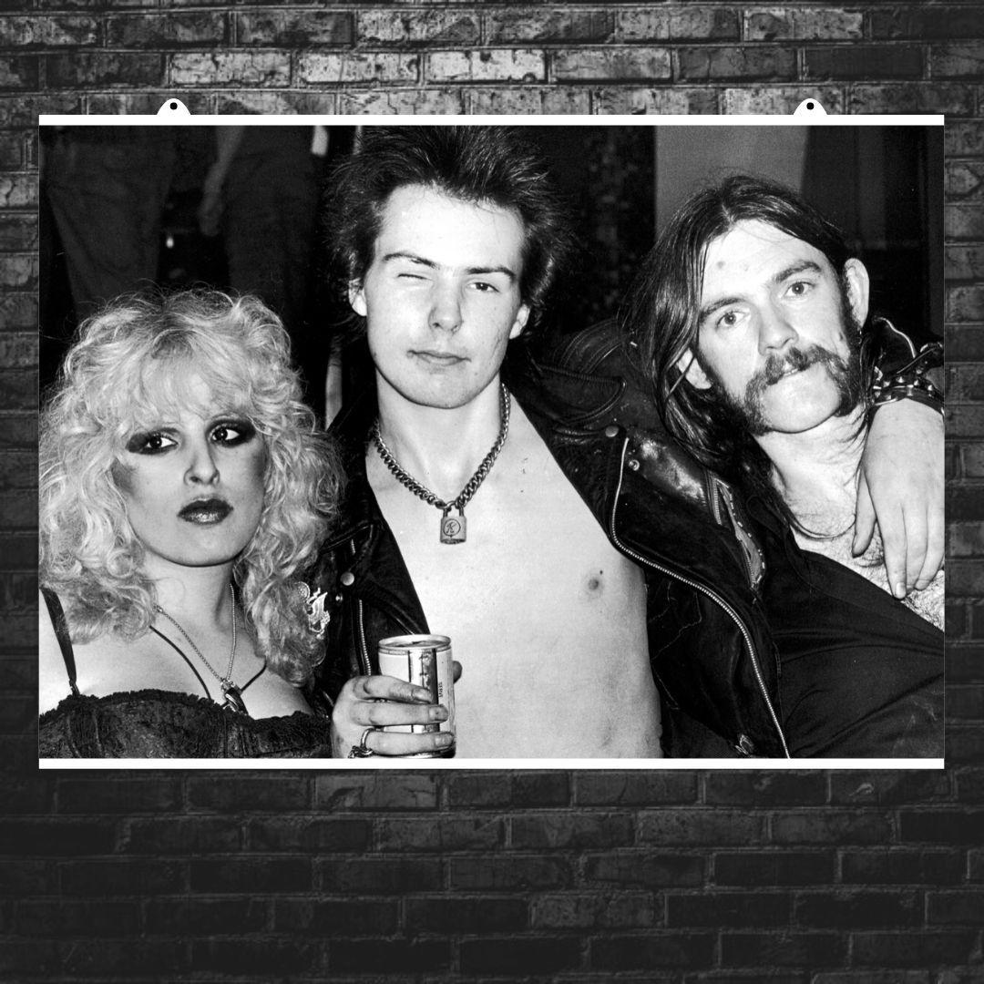 "Постер ""Sex Pistols. Сид Вишес и друзья"". Sid Vicious, Секс Пистолс, панк, ретрофото. Размер 60x43см (A2). Глянцевая бумага"