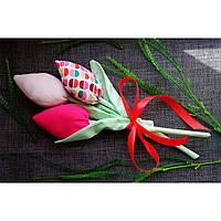 Букет из текстильных тюльпанов тильда ручной работы. Тюльпаны из ткани хлопок, атлас, сатин. Закрытый бутон.