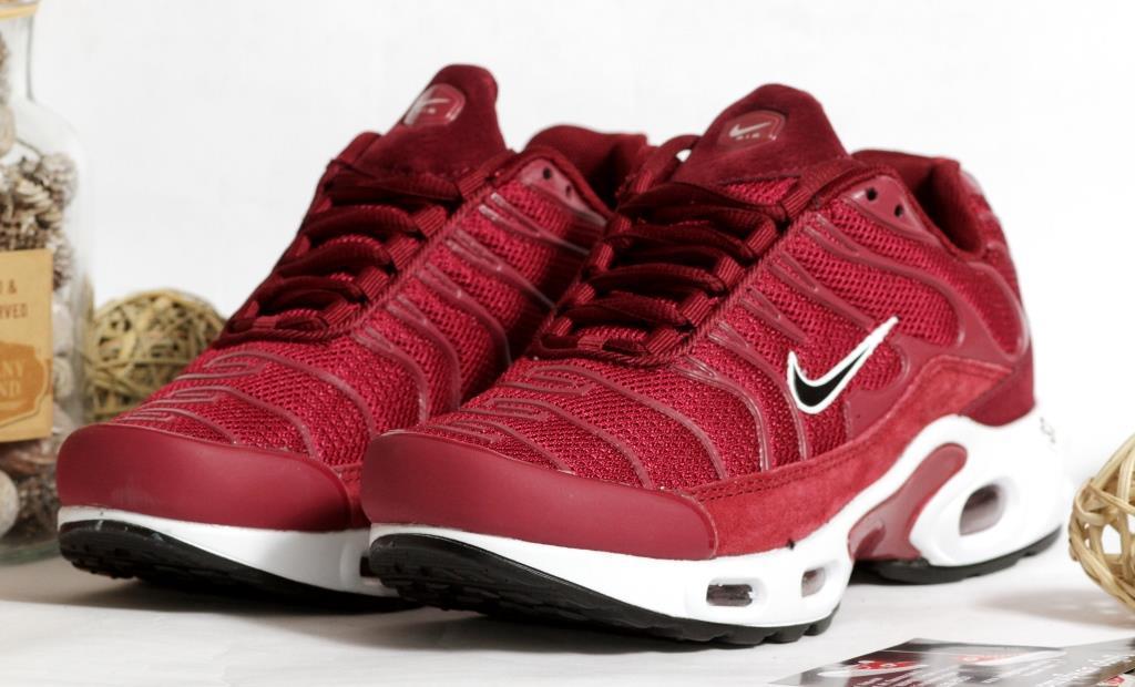0377 Кроссовки Nike вишневого цвета. 37 размер - 23 см по стельке