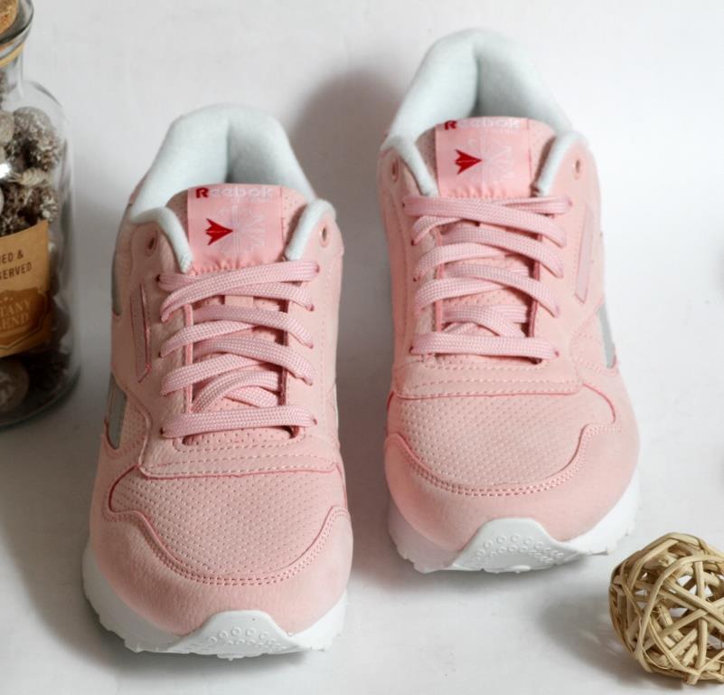 0376 Кроссовки REEBOK Розового цвета. 38 размер - 25 см по стельке
