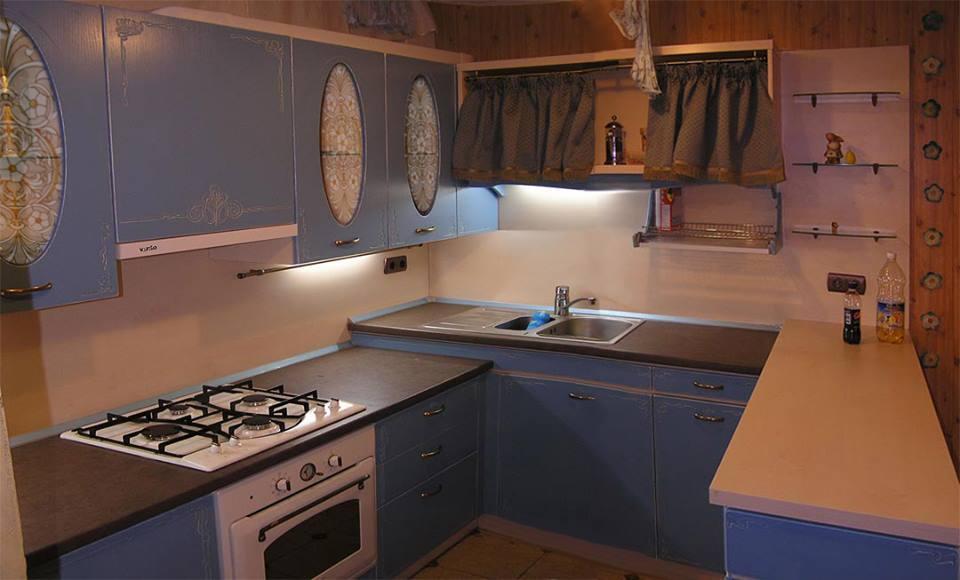 Дизайнерская кухня под заказ синяя прованс изготовление по индивидуальным размерам