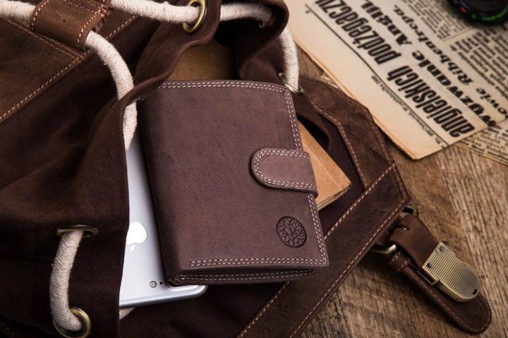 Чоловічий шкіряний гаманець Betlewski RFID
