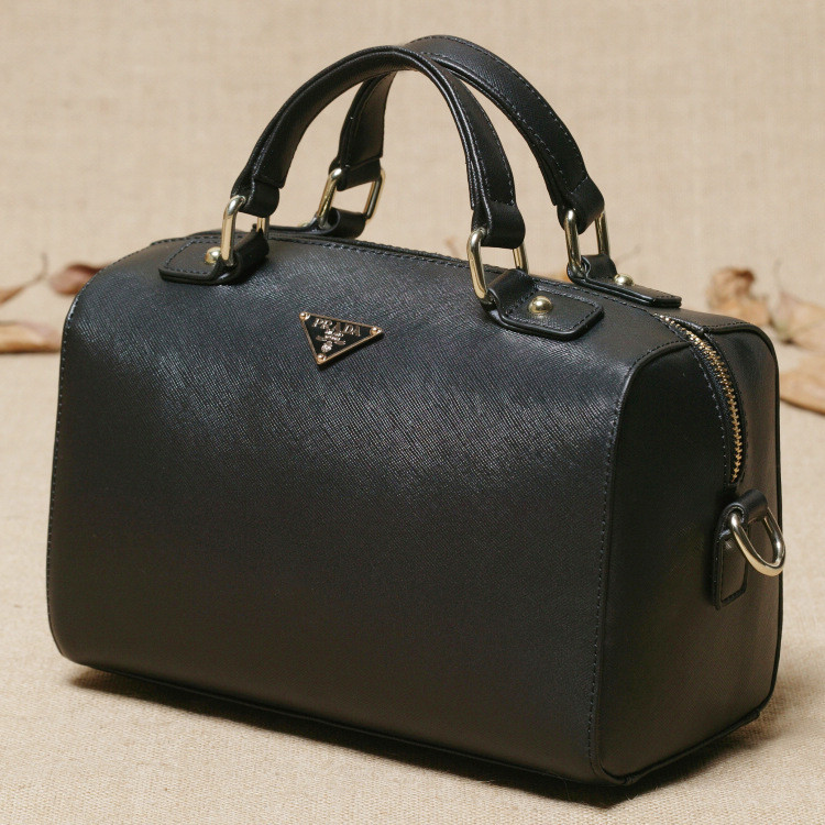 3a6bf39bbdba Сумка точная копия PRADA! Модная сумка. Женская сумка. Купить сумку.  Интернет магазин