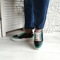 Женские стильные кроссовки весна - лето