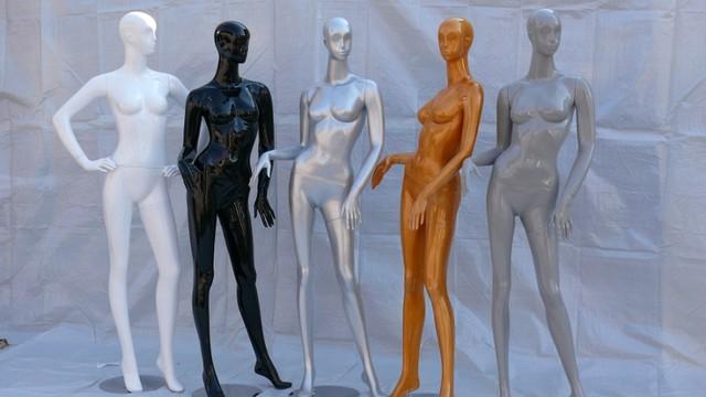 Манекены гипсовые,Женские. Разные цвета.