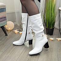 Сапоги белые демисезонные кожаные женские на невысоком устойчивом каблуке