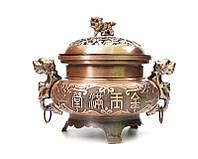 Чаша изобилия или ваза богатства для наполнения медный цвет