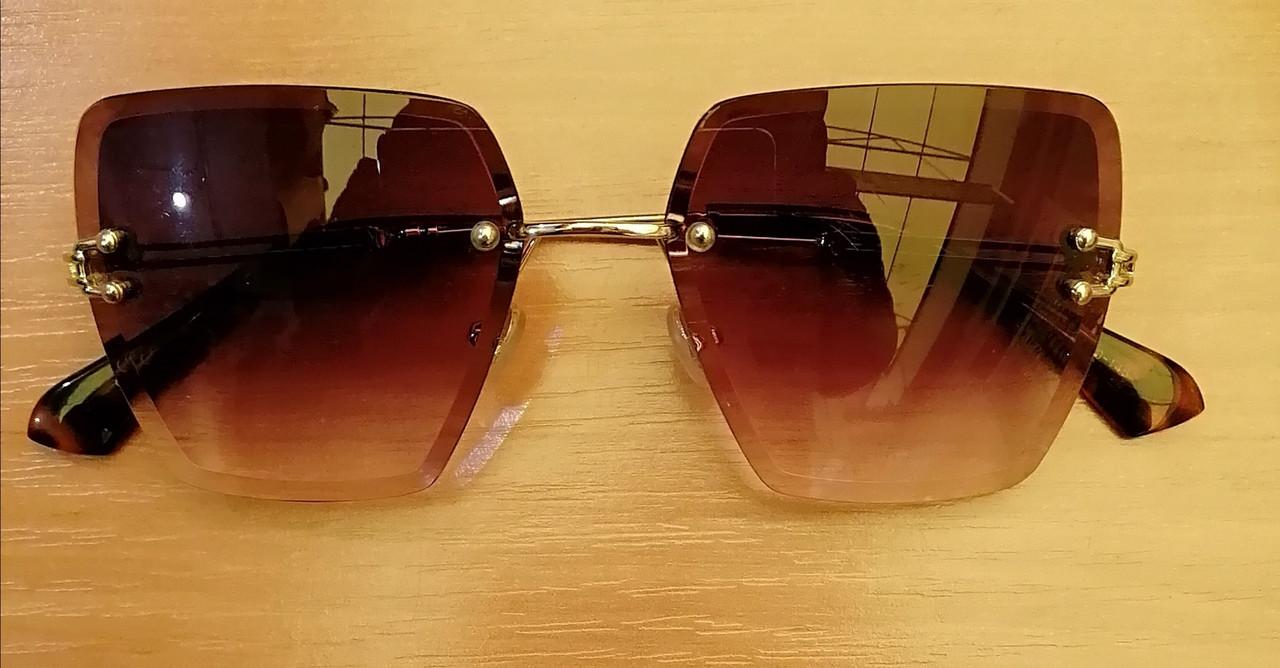 Стильные очки женские солнцезащитные, без оправы коричневый цвет