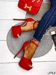 Босоножки красный замш тонкий ремешок на щиколотке 36 и 39 размеры