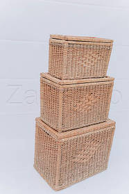 Корзины для белья, сундуки, ящики плетеные из лозы