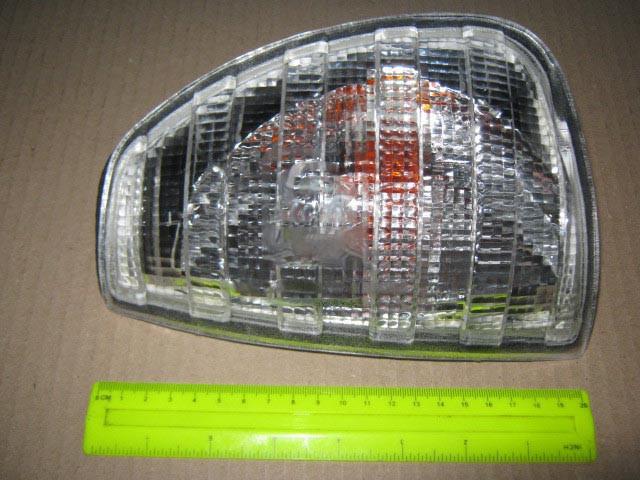 Указатель поворота левый Mercedes 123 (TYC). 12-1105-90-6B