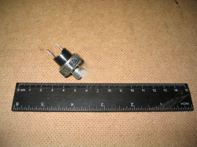 Выключатель сигнала тормозного ЗИЛ 130 (Россия). ММ 125Д