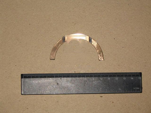 Полукольцо подшипника упорного ВАЗ 2101-2107 вала коленчатого (ДЗВ). 2101-1005183-01
