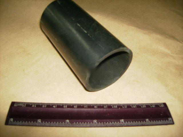 Шланг наливної горловини паливного бака ВАЗ 2121, 21213, 21214 НИВА з'єднувальний (БРТ). 2121-1101080Р