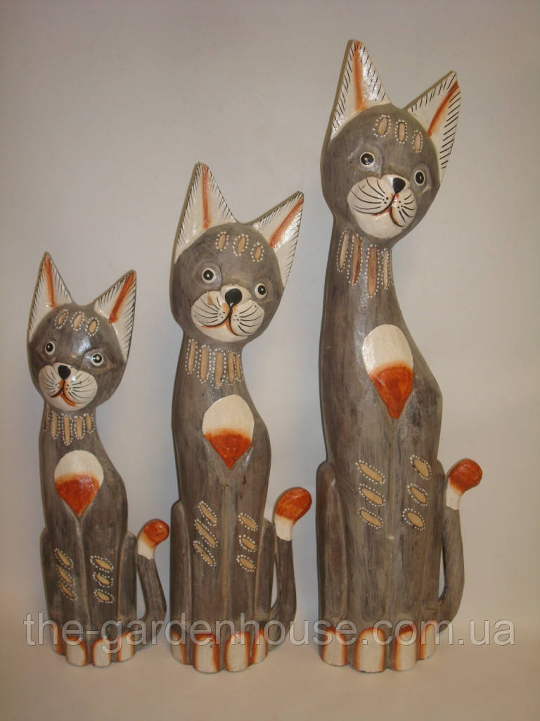 Семья резных серых котов (50, 40 и 30 см)