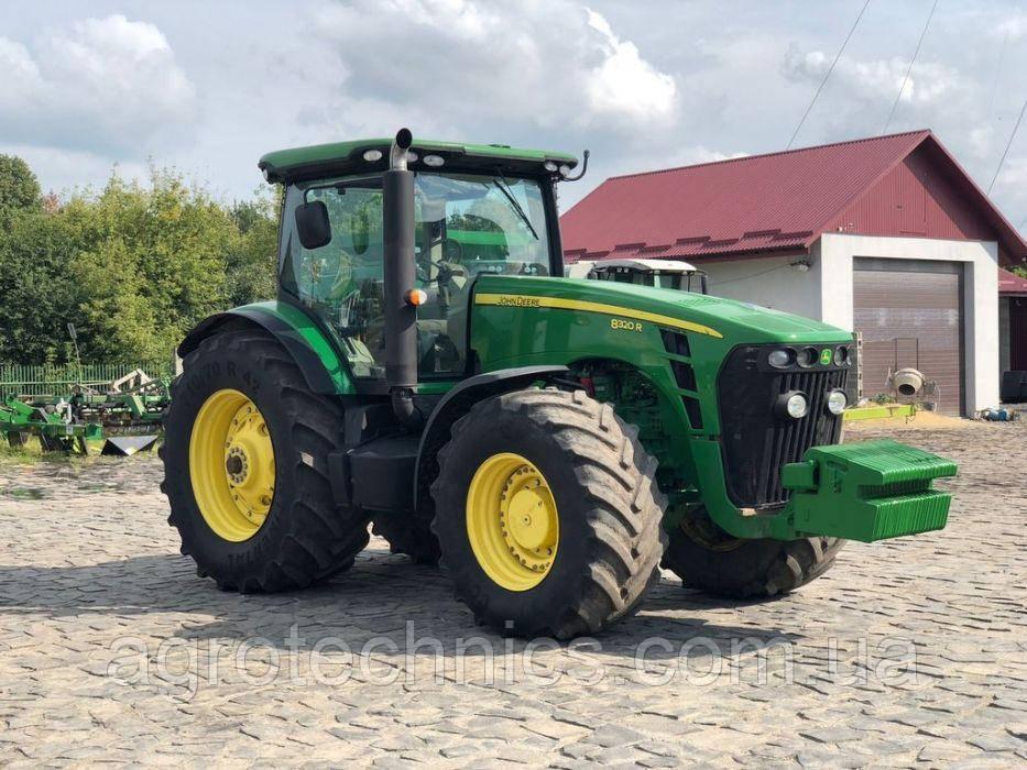 Трактор JOHN DEERE 8320R 2011 года