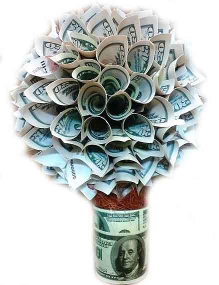 денежное дерево из сувенирных купюр