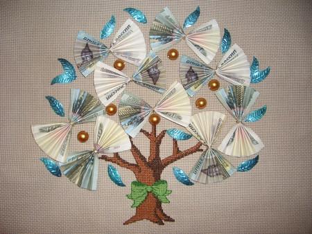 вышитое денежное дерево