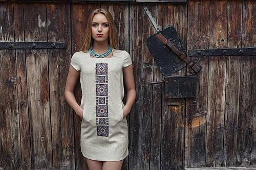 Сукня з льону з вишивкою Орнамент синій